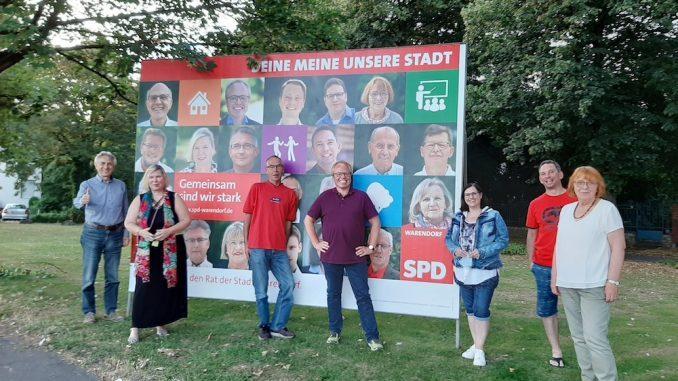 SPD Warendorf stellt Großplakate auf
